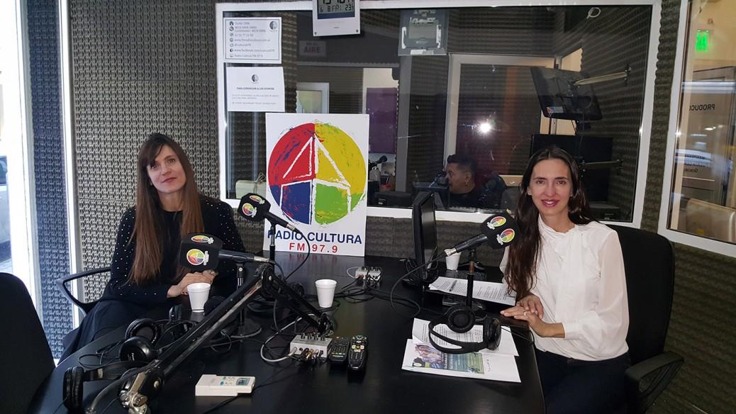 Nora-en-la-radio